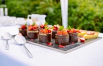 Ciasta z maszyny cukierniczej na wesele