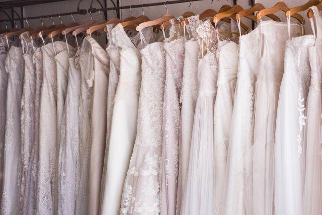 Suknia ślubna nowa czy używana?