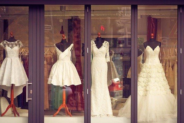 Wszystko co przyszła panna młoda wiedzieć powinna o salonie mody ślubnej